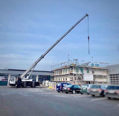 Baufortschritt beim neuen Kundencenter NFZ.