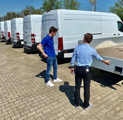 Gebrauchtwagenverkäufer Transporter und Lkw  (m/w/d)